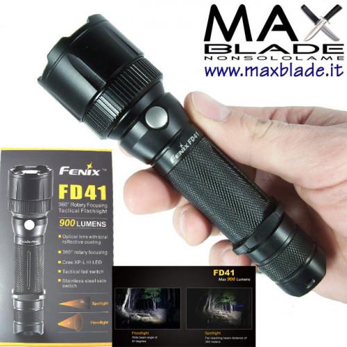 FENIX FD41 torcia LED focus variabile 900 lumens COMPRESA BATTERIA 2600mAh OMAGGIO